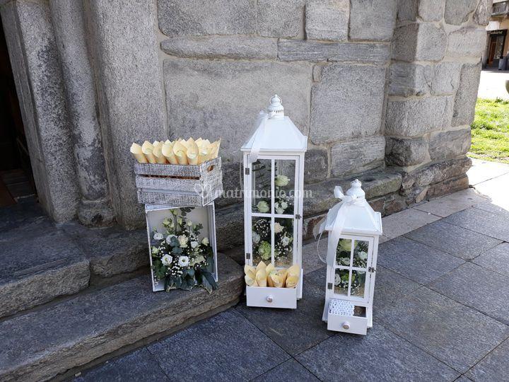 Esterno Chiesa con lanterne