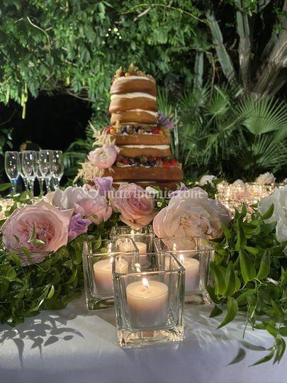 Dettaglio tavolo torta