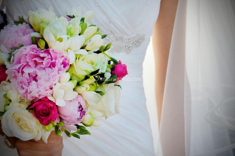 Bouquet Peonie e Fresie