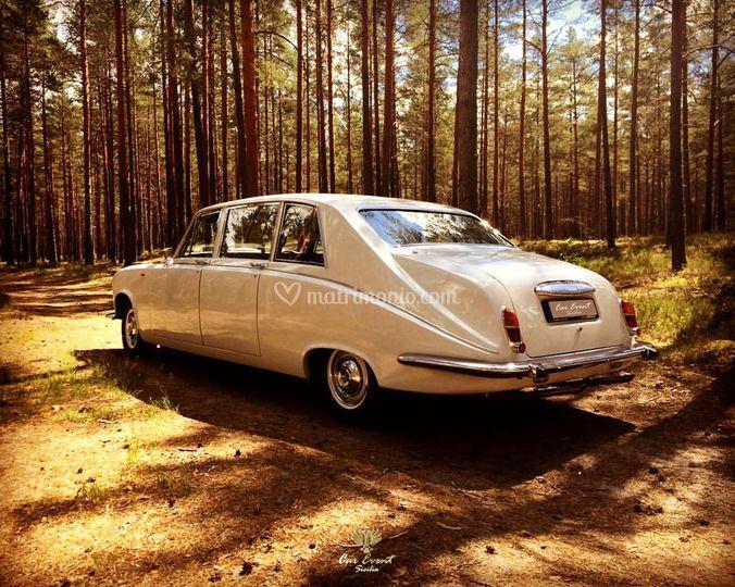 Daimler Jaguar DS420 Limousine
