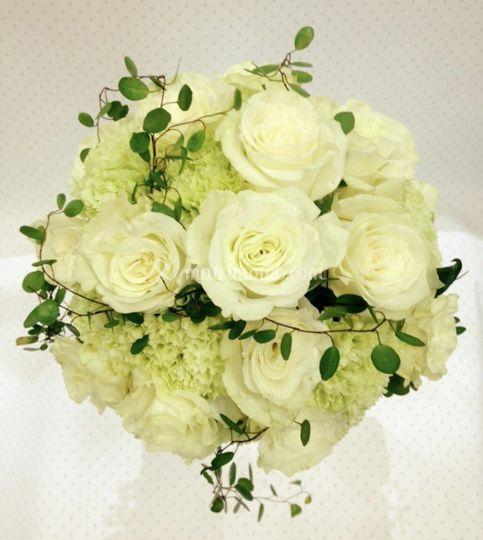 Bouquet bianco verde