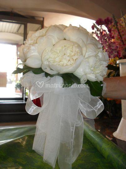 Bouquet peonie romanico 3