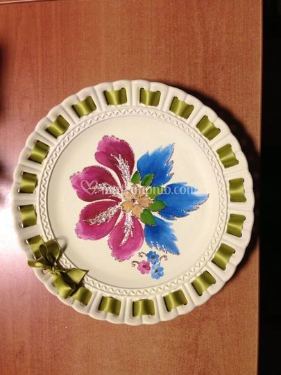 Pubblicazioni Matrimonio Fiano Romano : Bomboniera piatto ceramica di mille petali foto
