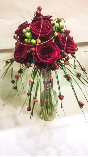 Bouquet sposa con Red-Naomi