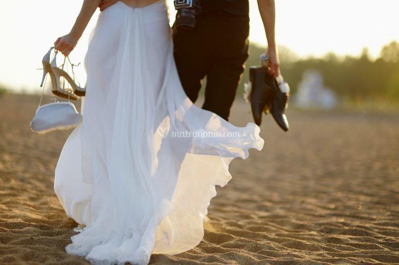 Sposi su spiaggia