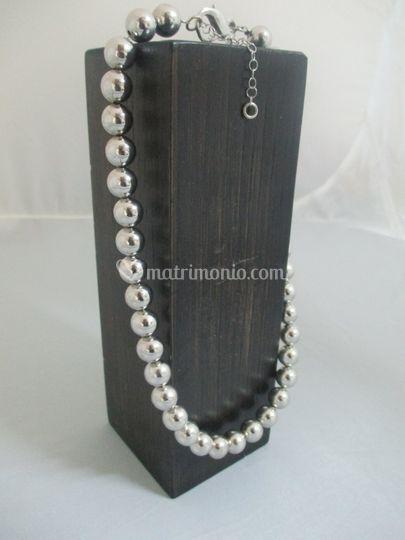 Collana con palline in argento