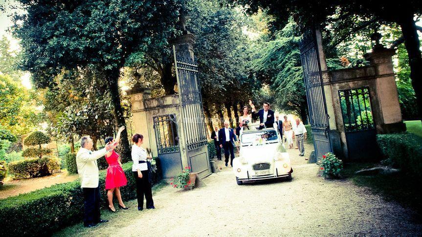 L'auto degli sposi