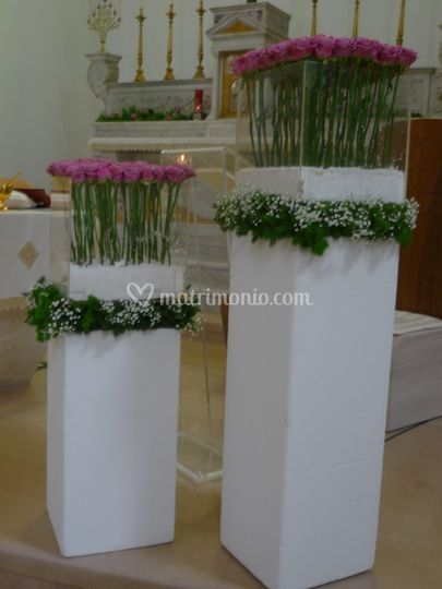 Addobbi floreali in chiesa