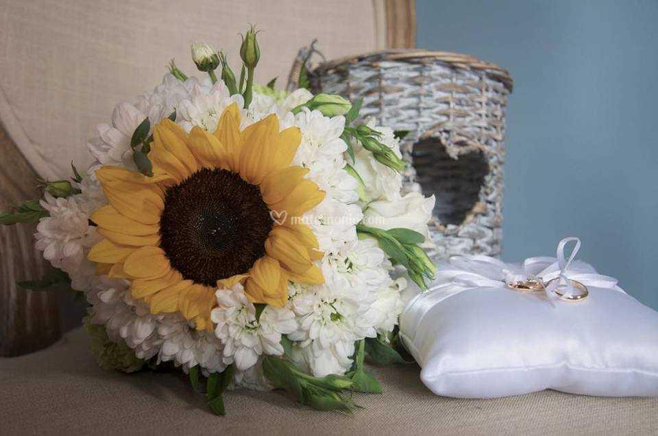 Bouquet Sposa Girasole.Bouquet Sposa Girasole Di Non Solo Fiori Fotos
