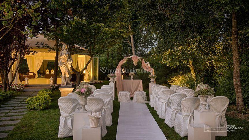 Matrimonio Simbolico In Giardino : Tenuta i massini