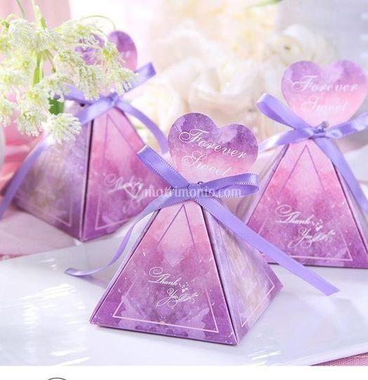 Porta confetti piramide cuore