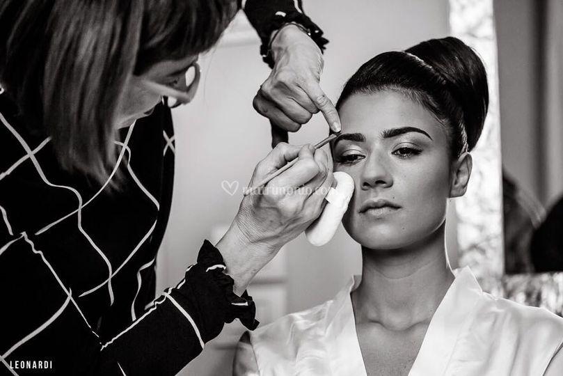 Apollonia Tolo make up artist