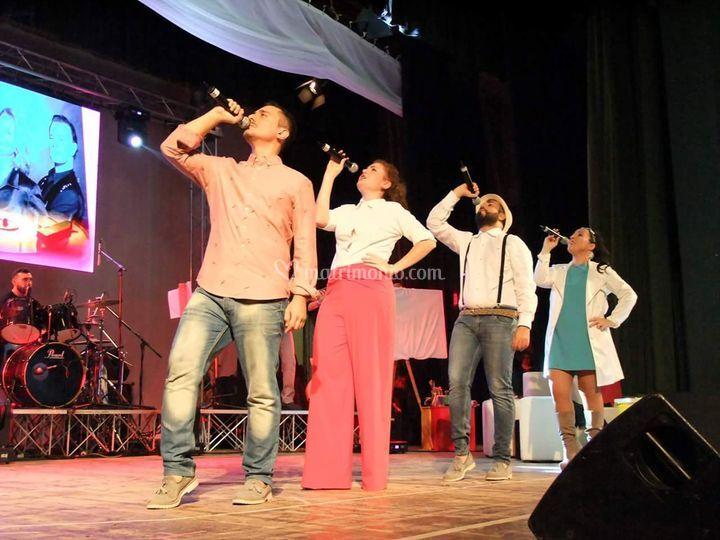 Sul palco del Teatro Orione