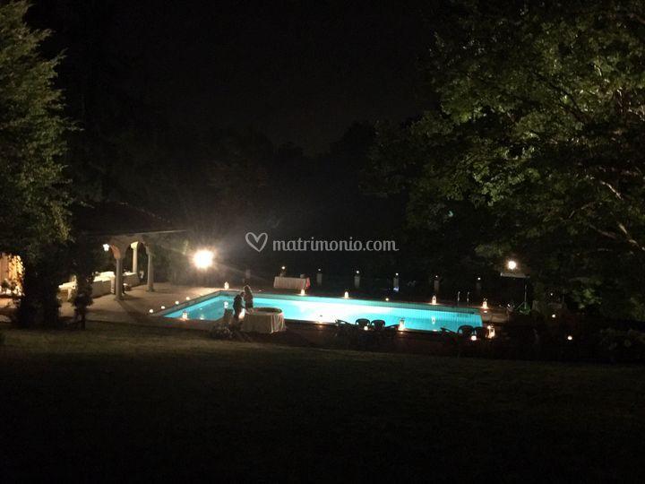 Festa notturna piscina