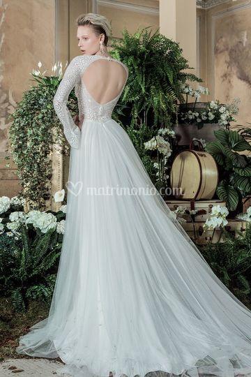Modello Egò valentini spose