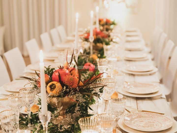 Table by WedWed