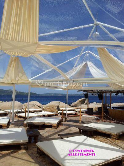 Gazebo cristal al Phi Beach
