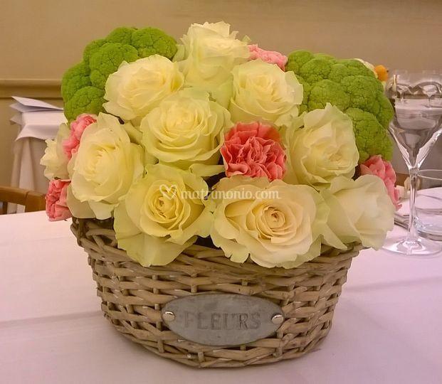 Centrotavola verdura e fiori