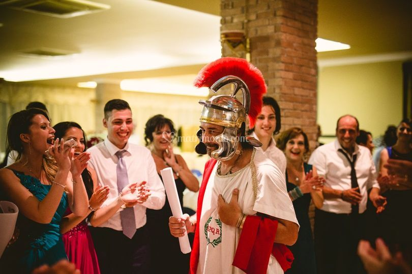 Matrimonio Romano Versione Latino : Er salustro