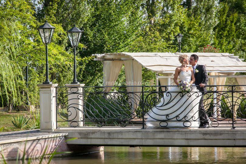 Gli sposi sul ponte