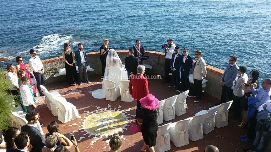Matrimonio In Loco : Cerimonia in loco di domus mare foto