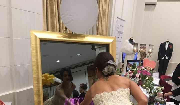 Wedding selfie mirror touch