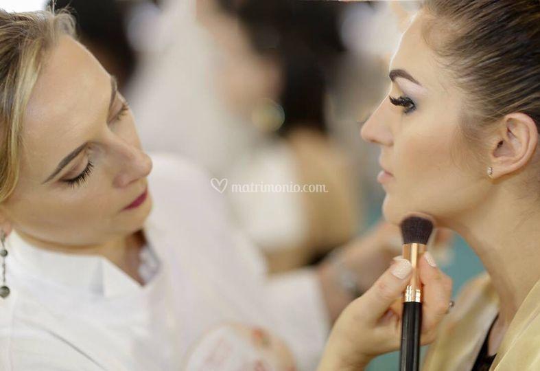 Oxana Make Up
