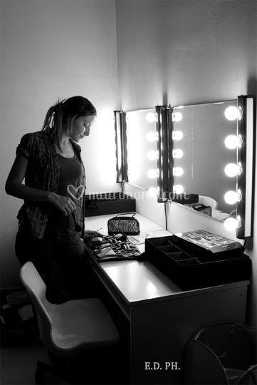 Backstage: saruch makeupartist