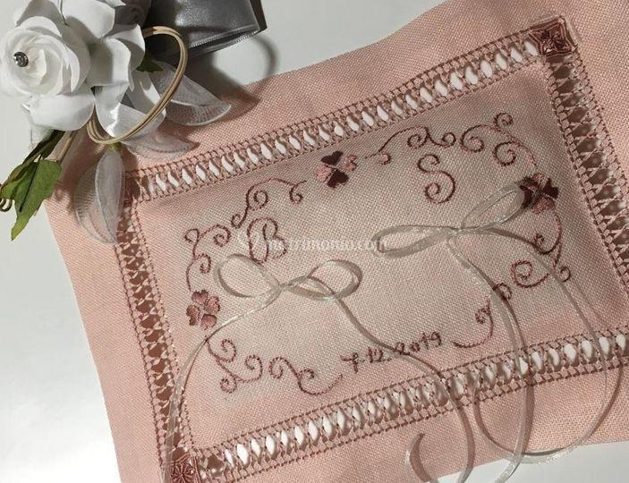 Cuscinetto quadrifogli rosa