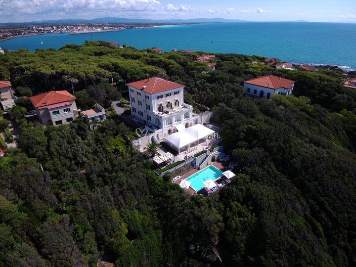 Villa Parisi dall'alto