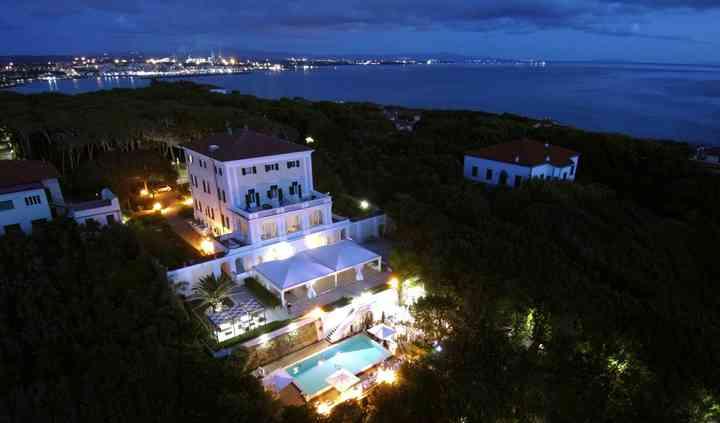 Villa Parisi By Night