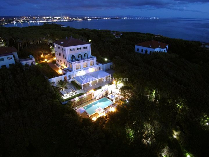 Villa Parisi By Night
