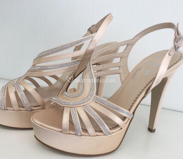"Sandalo ""Evelyne""  raso nude"