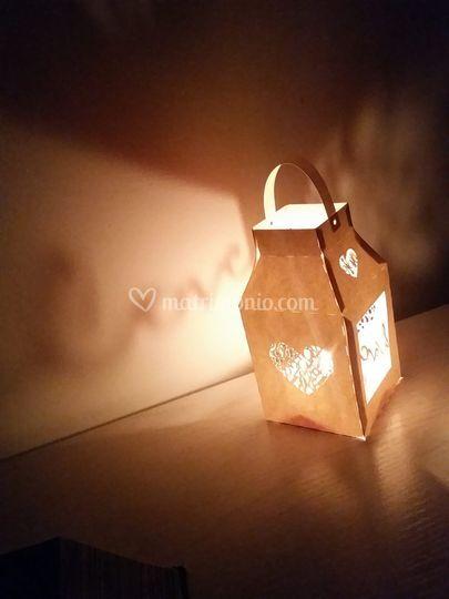 Lanterna intagliata love