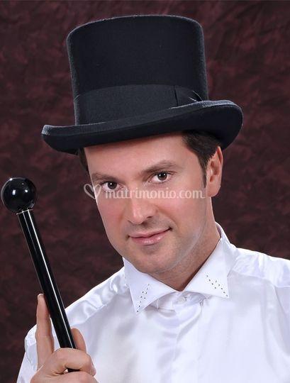 Cilindro nero con bastone nero