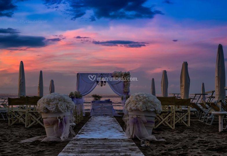 Matrimonio In Spiaggia Rimini : Roma maria wedding planner