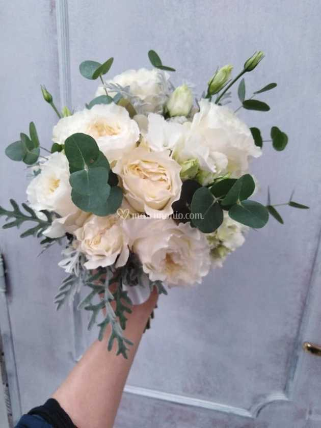 Bouquet Sposa In Inglese.Bouquet Con Rosa Inglese Di Fioreria Fleurs Foto 200