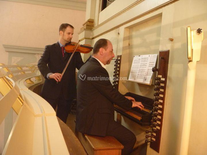 Organo e violino (TV)