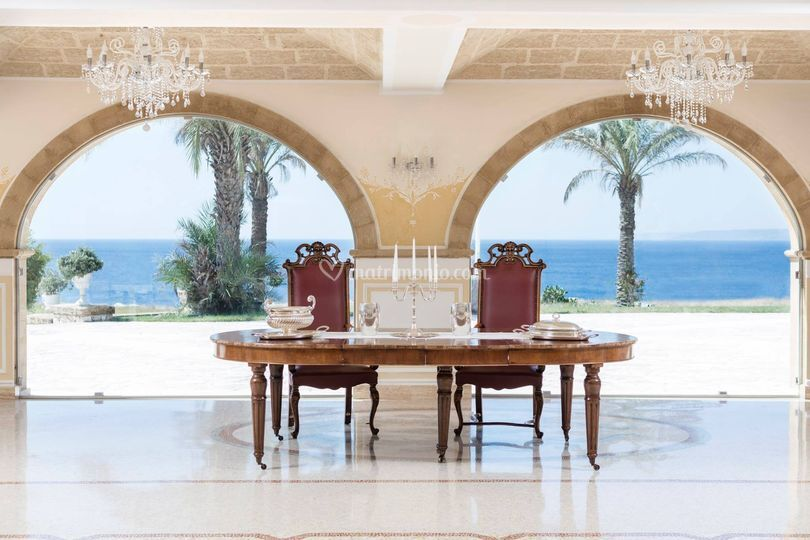Tavolo cerimoniale