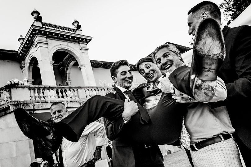 Lo sposo portato in gloria