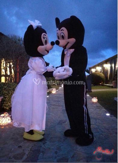 Il sì di Minnie e Topo