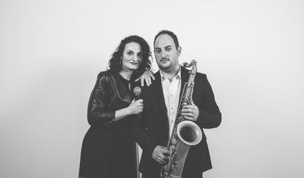 Erika & Daniele DJ Sax 1