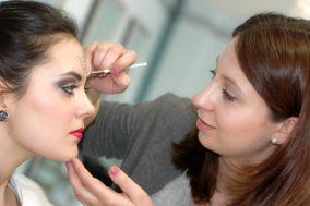 Elena Make Up