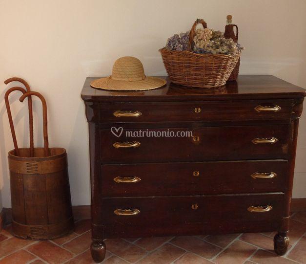 Cascina alessi - I mobili della nonna ...