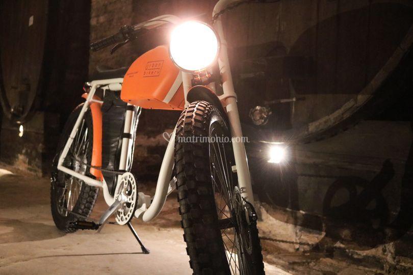 Cafe racer style - orange