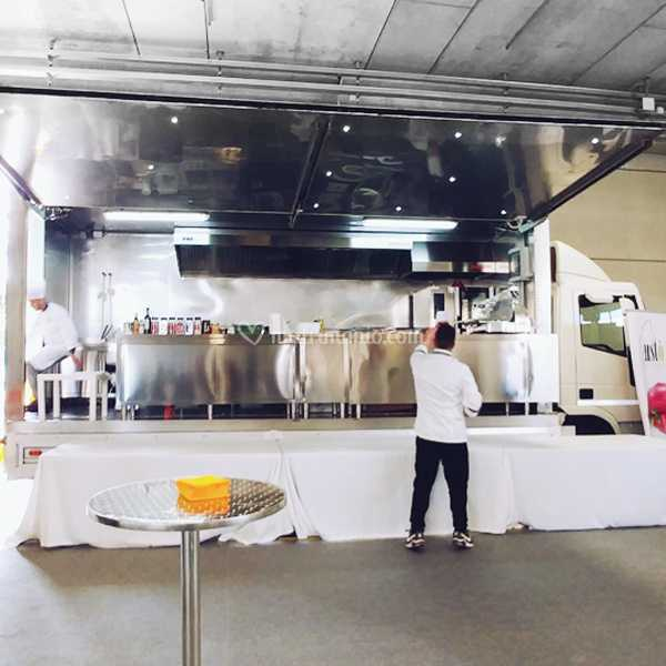 Camion cucina mobile di Opera Events | Foto 5