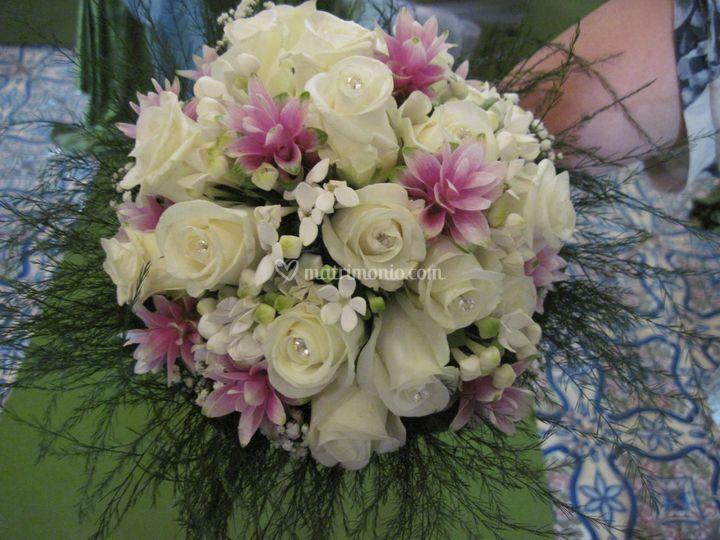 Bouquet di rose,curcume,bouvar