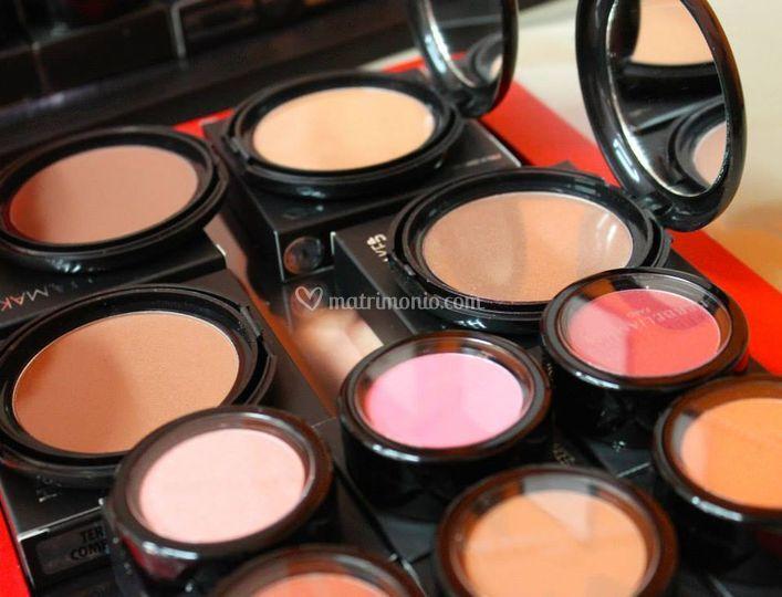 Herbelia make-up