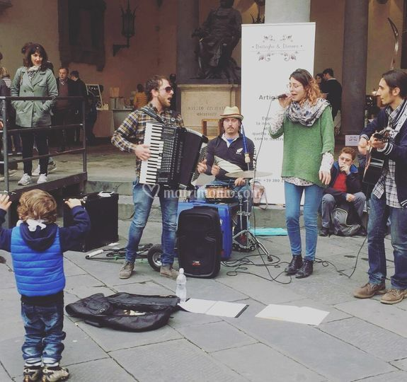 Live lucca