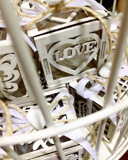 """Scatoline in legno """"Love"""""""